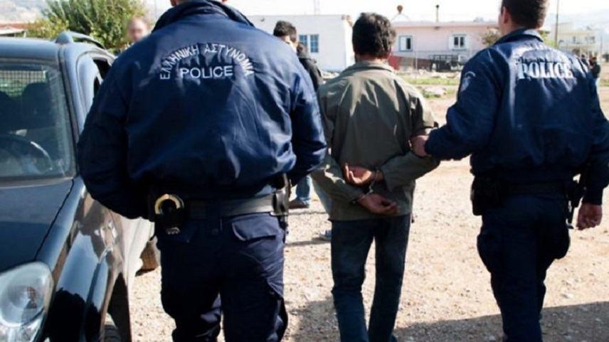 ραντεβού αστυνομικός συμβουλές βγαίνει με μαύρο μουσουλμανικό άνθρωπο